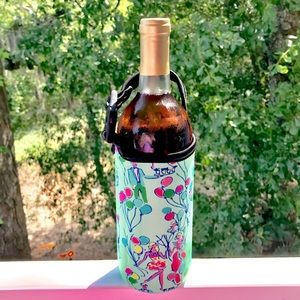 Other - NWT Neoprene Bottle Carrying Bag | Lilly Pop Print